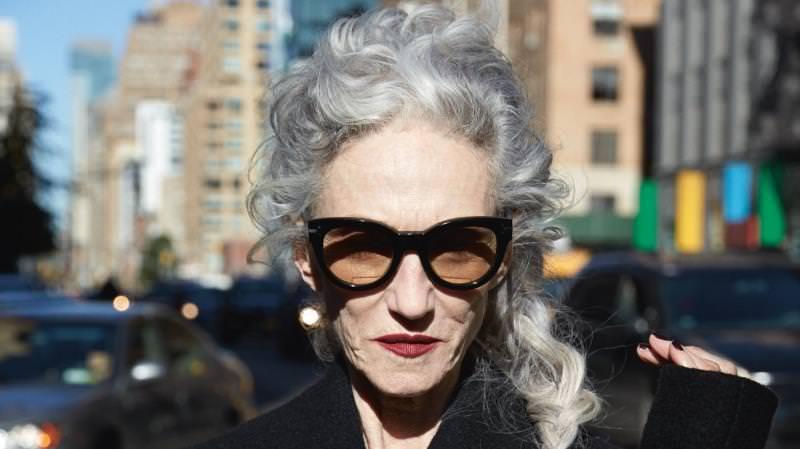 Тя е на 68 и е прекрасна